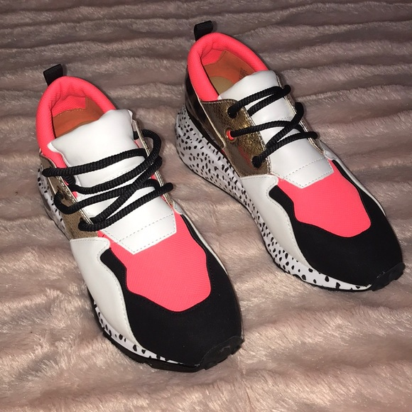 Steve Madden Cliff Sneakers Coral Size